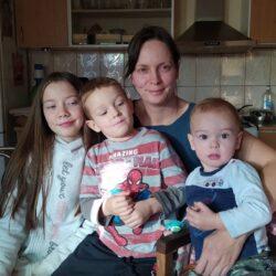 Bibi mama csalta haza Muzsnába